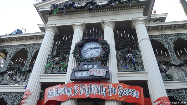 Haunted Mansion Holiday Disneyland