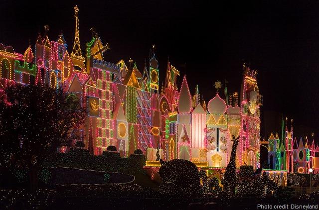 Its Small World Holiday Disneyland